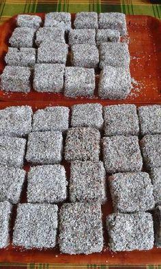 Kókuszkocka, könnyen elkészíthető és nagyon finom! - Egyszerű Gyors Receptek Gluten Free Desserts, Winter Food, Food And Drink, Thanksgiving, Sweets, Cookies, Cake, Bakery Business, Cooking