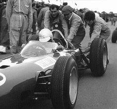 1965-British-Grand-Prix-Silverstone-Masten-Gregory.jpg
