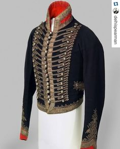 No wonder all the single ladies in Jane Austen had an eye for the men in uniform - with uniforms like this, who could look away?...#Repost @delhispearman with @repostapp. ・・・ 16th Light Dragoons dress uniform, 1815. Worn by my 3rd great granduncle Cornet Edward Polhill, who took part in the Battle of Waterloo. #cavalry #waterloo #royallancers #regency #janeausten #1815 #embroidery