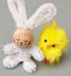 Easy DIY pipe cleaner bunny - Easter craft for kids // Egyszerű pipatisztító nyuszi fa golyóval - húsvéti ötlet gyerekeknek // Mindy - craft tutorial collection // #crafts #DIY #craftTutorial #tutorial