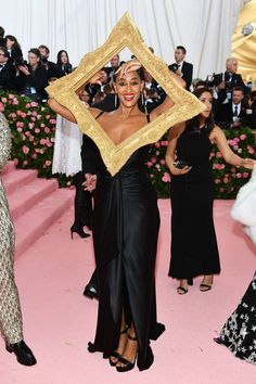 See Lady Gaga, Billy Porter, Serena Williams, Anna Wintour, and more at the 2019 Met Gala. Charlotte Gainsbourg, Tessa Thompson, Florence Welch, Mary Kate Olsen, Zoe Saldana, Anna Wintour, Celine Dion, Christian Siriano, Lilly Singh