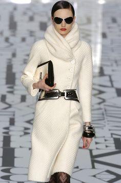 Valentino classy winter white