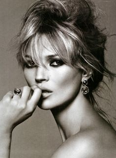 Kate Moss. Well no wonder she's such a high paid model. Gorgeous.