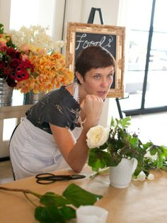 7 Tips for Creating Beautiful Flower Arrangements at Home : Decorating : Home & Garden Television