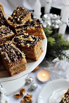 Illéskrisz Konyhája: ~ KARÁCSONYI DIÓS KRÉMES ~ Hungarian Desserts, Hungarian Recipes, Poppy Cake, Grubs, Banana Bread, Ale, French Toast, Food And Drink, Cookies