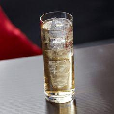 La recette du cocktail Long vodka #cocktail #bartender #alcool #mixologie #cocktailand Cocktails, Drinks, Shot Glass, Tableware, Key Lime, Alcohol, Recipe, Craft Cocktails, Drinking
