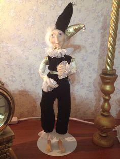 Первая кукла арлекино