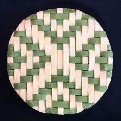 Bicolor green lattice pie