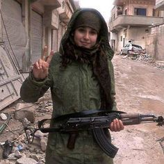 urdish YPJ fighter in Rojava,Kurdistan