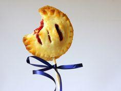 Himbeer Pie Pops Cake Pops, Pineapple, Fruit, Foodblogger, Raspberries, Finger Food, Bakken, Simple, Birthday