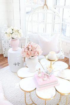 Pink Home Decor, Rooms Home Decor, Living Room Decor, Bedroom Decor, Bedroom Ideas, Pink Kitchen Decor, Wall Decor, Peony Arrangement, Peonies Centerpiece