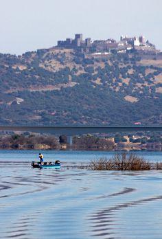 monsaraz algueva lake alentejo portugal