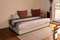 alfa s čelom Bed, Furniture, Home Decor, Decoration Home, Stream Bed, Room Decor, Home Furnishings, Beds, Home Interior Design