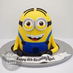 Gâteau Minion                                                                                                                                                                                 Plus