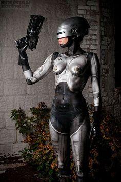 Body paint sexy de Robocop