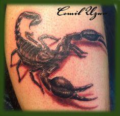 Akrep dövme modelleri arasında güzel bir dövme cemil uzun tarafından yapılmıştır. http://www.dreamtattoo.com/cemil_tattoos.html.