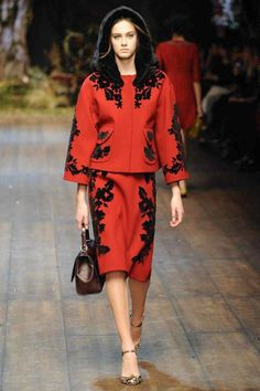 SHOW: Najaarscollectie Dolce & Gabbana middeleeuws sprookje | I LOVE FASHION NEWS