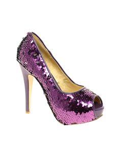 Hvis bare man kunne gå i så høje sko!!!