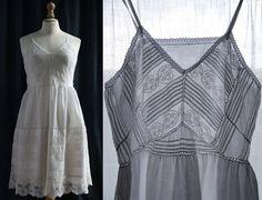 Cotton slip dress white, laces and small pleats, Vintage Lingerie 1920's