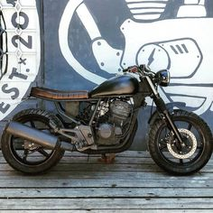 Honda Twister 250cc. ⚡ #customscalifornia #californiacustoms #motorcyclebuilders…