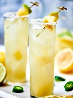 Jalapeno Margarita #margarita #mixeddrink http://livedan330.com/2015/01/20/jalapeno-margarita-homemade-infused-tequila/
