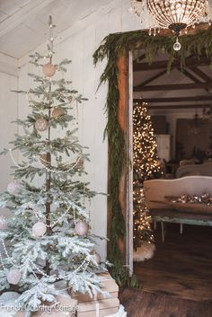 Romantic French Country Inspired Holiday Housewalk: Come tour my Christmas decorated home complete with gold and silver ornaments, bright string lights, and lush greenery. French Christmas Decor, Bohemian Christmas, Country Christmas Decorations, Merry Christmas, Farmhouse Christmas Decor, Simple Christmas, Christmas Home, Holiday Decor, Natural Christmas