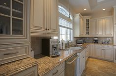 Kitchen Counters, Kitchen Island Counters & Bathroom Countertop Gallery | Select Stone Corporation Granite & Marble Countertops