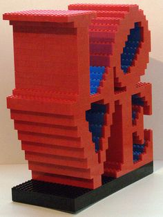 Art from anything - Try this version of Robert Indiana's LOVE sculpture out of Legos Legos, Deco Lego, Indiana Love, Lego Wedding, Lego Sculptures, Lego Boards, Amazing Lego Creations, Lego Craft, Lego Blocks