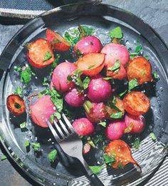 Roasted Radishes with Brown Butter, Lemon, and Radish Tops. Enjoy your lunch! www.goachi.com