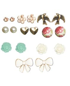 9 On Floral Earring Set | Wet Seal on Wanelo