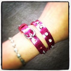 Skinny wrap leather bracelet in metallic pink with rhinestone rivets