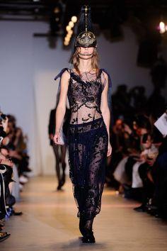 Paris Fashion Week 2015: John Galliano