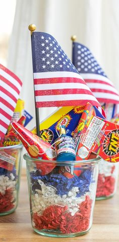 Firecracker Favors for your patriotic fete - We are absolutely smitten!