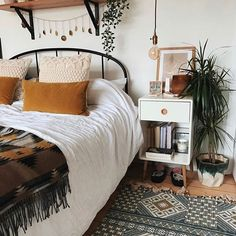 Bedroom design - My Deco Marketing on Instagram #bedroom #interiordesign #mydecomarketing Boho Bedroom Decor, Bedroom Inspo, Home Bedroom, Bedroom Ideas, Ikea Bedroom, Tribal Bedroom, Modern Bedroom, Bedroom Furniture, Minimalist Bedroom