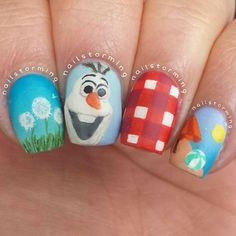 Top 10 Disney Frozen Nail Art Ideas - EverythingMouse Guide To Disney Olaf Nails, Disney Nails, Cute Nail Art, Cute Nails, Pretty Nails, Uñas Frozen Disney, Disney Olaf, Olaf Frozen, Holiday Nails