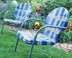 I want to paint metal chairs like thise for our yard...HOW CUTE!