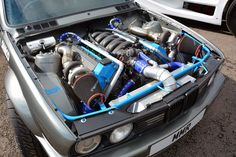 Max Marshall Racing BMW E30 with a twin-turbo 4.0 L M6040 V8