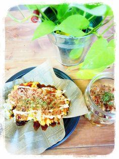餃子の皮で簡単に作れる広島風お好み焼き!