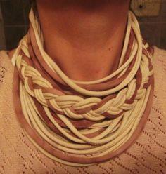 collar/bufanda de tela reciclada hecho a mano $15