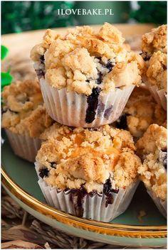 Tray Bake Recipes, Baking Recipes, Dessert Recipes, Desserts, Tray Bakes, Cupcake, Cooking, Breakfast, Food