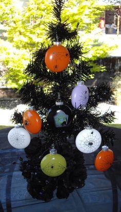 Orange Glass Halloween Spider Ornament