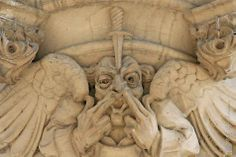Chicago - Architecture & Cityscape: Tribune Tower : Grotesques & Gargoyles (Don't dig in your nose!)