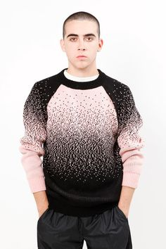 Knitted sweater done one by one using knitting machine and hand assembled by Senyor Pablo. Special RE-EDIT - FADE Collection F/W 2012 Delivery. Latest Clothes For Men, Black Pink, Latest Mens Fashion, Winter Outfits, Knitwear, Men Sweater, Knitting, Illustration, Screenprinting