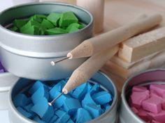 EggstrArt Egg Decorating Kit for Drop Pull Wax-Embossed Method