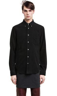 Skjorta från Acne. Stl 46 Svart