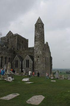 Le rocher de Cashel, résidence des rois du Munster ©Salaün Holidays