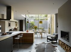 Kitchen Architecture - Home - Double height glazed extension Exterior Design, Interior And Exterior, Life Space, Kitchen Dinning Room, High End Kitchens, House Extensions, Victorian Homes, Simple Designs, Living Spaces