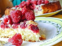 Coconut and raspberry summer cake. Летний кокосовый пирог с малиной