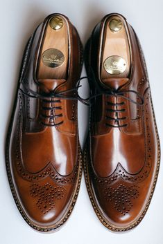 Brogue shoes brown leather handmade polished laces formal casual brogues