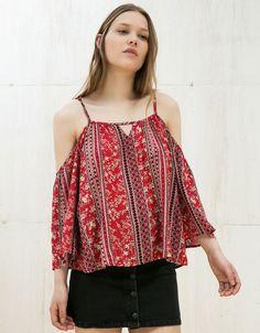 Ideas de looks con camisas off shoulder | Belleza